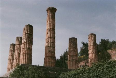 Delphi: Überreste des Apollontempels