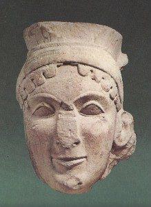 Kopf der Hera aus dem Hera-Tempel in Olympia, Anfang des 6. Jh.